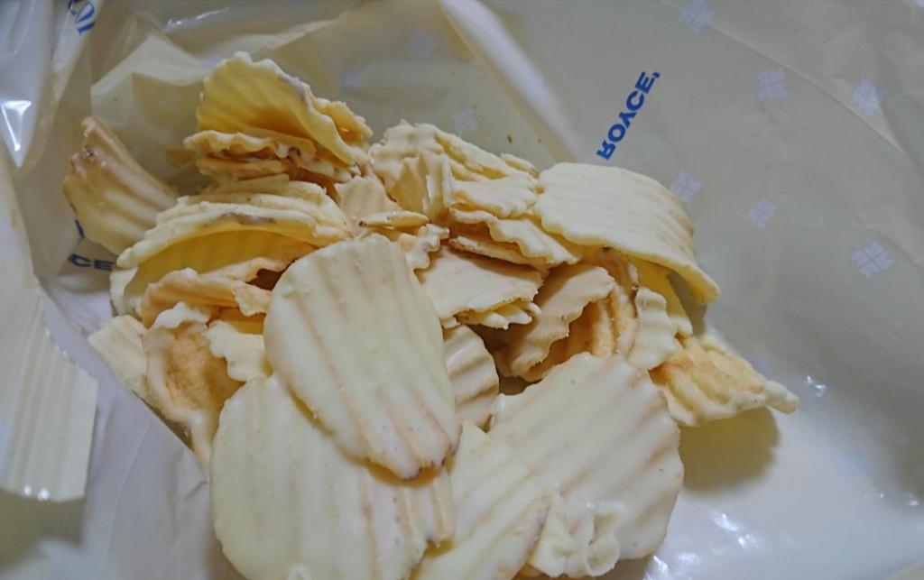 ロイズポテトチップチョコレートフロマージュブラン